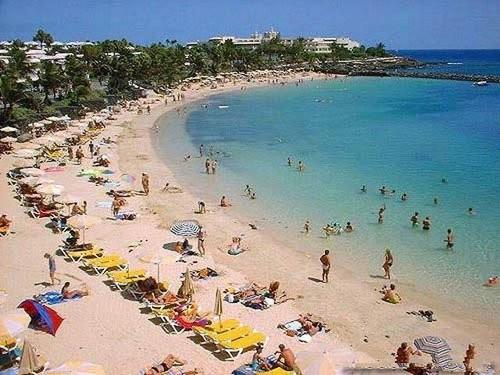 Playa blanca en noviembre lanzarote