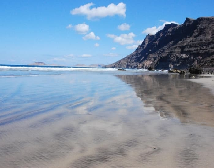 playa famara (1)